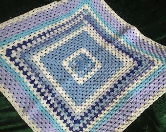 Baby blanket - DK yarns - blue tones