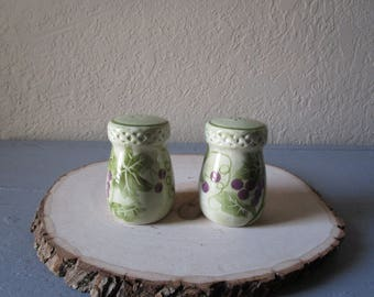 Green Grapevine Salt and Pepper Shakers