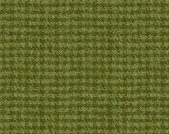 Green Houndstooth Woolies Flannel Fabric-Woolies Flannel-Maywood-Thick Cotton Flannel-Rustic Flannel-Tartan-Cabin Fabric-Houndstooth Flannel