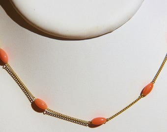 Necklace in genuine pink coral on plated gold 18 microns (ref c31)