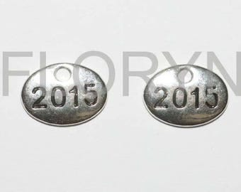 2 charms charms in antique silver Charms: 2015