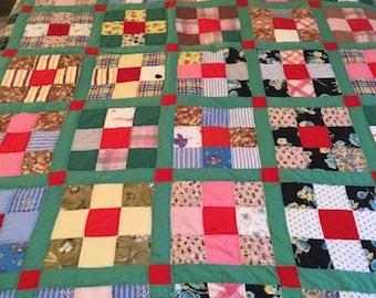 Vintage Quilt- Green w/ Pattern Blocks