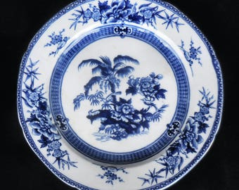 Wedgwood Flow Blue Ironstone Plate in the Palm pattern