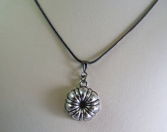 Bundt Cake Pan Necklace