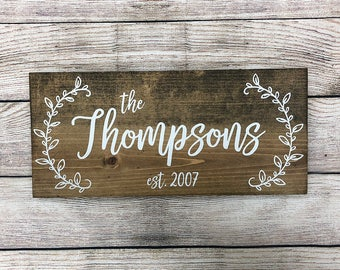 """Personalized Rustic Hand Painted Wood Sign, Family Name Sign, Established Date Sign, Last Name Sign - 16""""x7.25"""" or 20""""x9.25"""""""