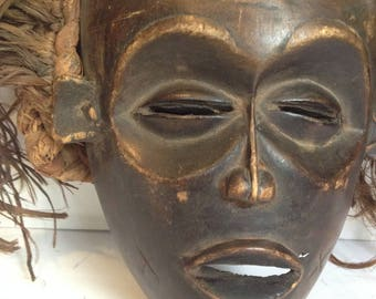 FREE SHIPPING - Vintage African Tribal Mask - Wall Decor - Artifact #20