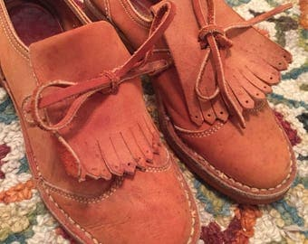 Miss Capezio Leather Womens Loafers in Size 5
