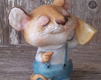 Homco porcelain mouse with cheese figurine