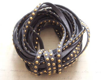 Grey suede Ribbon studded with golden coins