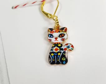 Colorful Enamel Cat Progress Keeper Marker Stitch Marker - 6mm lever back (gold toned) PK0012