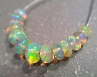 Super flashy Ethiopian Welo Opals 3-4mm