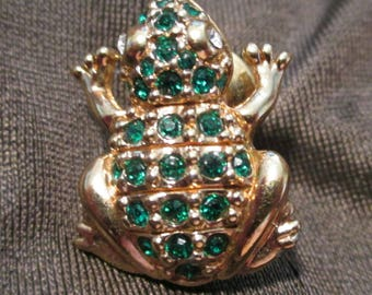 Swarovski Vintage frog lapel Pin brooch Gold tone SAL© logo sparkly Emerald crystals fashion designer jewelry