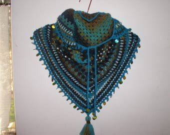 scarf/shawl, shawlette, sequins and wool Gypsy Choker