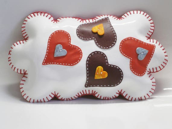 Original cushion deco! THE LOVE CLOUD! in white imitation leather 29cm x 17cm belicious delicious creation