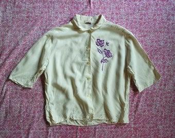 Vintage 1940s Rayon Embroidered Blouse - Rose Emblem Blouse
