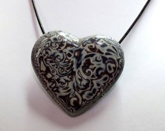 Romantic heart melted patterned Brown and white