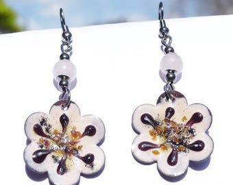 Earrings with flowers in pale pink, black and amber art glazes