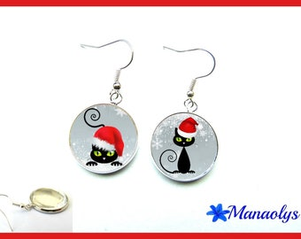 Cats, Christmas, 1820 glass cabochons earrings
