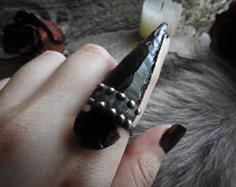 Obsidian Arrowhead Ring // Game of Thrones Inspired // Gothic // Boho // Gypsy // Witch // Bohemian // Halloween // Metaphysical Jewelry