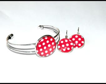 bracelet and earrings with polka dots