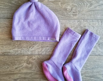 Best TODDLER Cashmere Beanie and Sock Set // 1-4 years // Purple // Upcycled Cashmere sweater // Knotted Beanie