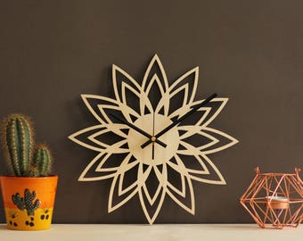 Mid century clock / Retro wall clock / Sunburst clock / Geometric clock / Modern clock without numbers / Abstract wall clock / Lotus clock