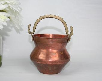 Unique Shape Vintage Copper Pail /Bucket/ Pot /Cauldron/Planter With Brass Handle