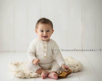 Onesie Romper size newborn - sitter  Newborn Photography  Props