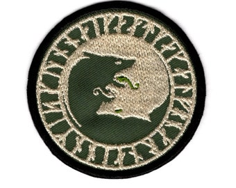 Wolf Patch Fighting Wolves Patch Pagen Rune Patch Iron/Sew on Patch Badge #88 B