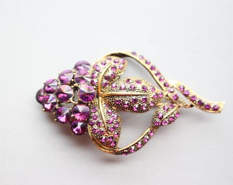 Vintage 80s/90s Purple Crystal Gold Tone Filigree Brooch Pin Abstract
