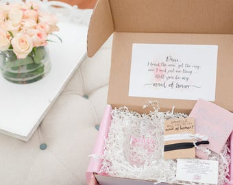 Bridesmaid Proposal Box Gift Will you be My Maid of Honor Matron of Honor Thank You Gift Bridal Party Flower Girl Junior Bridesmaid