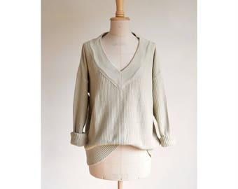 Textured knit sweater | size large | sand mustard yellow | v-neck | Joan Vass