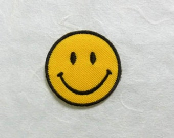 Smiley Face Iron on Patch - Smiley Face Applique Embroidered Iron on Patch- Size 3.5 cm