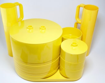 Heller Yellow Modern Design Massimo Vignelli Stackable Dinnerware for Six plus Extras