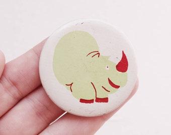 Vintage 4 cm 1.57'' rhino rhinoceros animal mammal nature africa pin brooch badge token clasp pinion tin aluminum cordon band medallion
