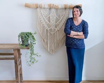 Macrame Wall Hanging Zola/ Macrame Wall Hanging / Modern Macrame / Wall Tapestry / Macrame Tapestry / Large Macrame Wall Hanging
