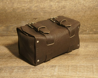 Leather Case | Toiletry Case | Cosmetics Case