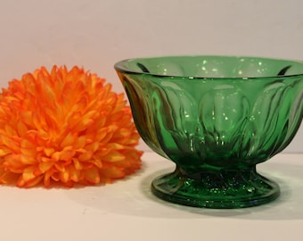 Anchor Hocking Forest Green Candy Dish - Fairfield Pattern Candy Bowl - Footed Emerald Green Glass Dish