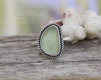 Sterling Silver and Seafoam Green Seaglass Ring Size US 8.25, Sea glass bead ring