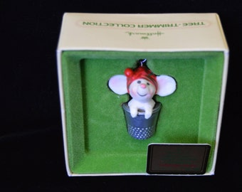 "Vintage 1978 Hallmark ""Merry Mouse"" Little Trimmer Ornament"