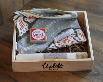 Gift for her, gift box, canvas clutch, magnet, bath salts, lip balm