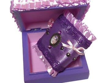 Pink couture chic romantic purple Cuff Bracelet with its case