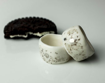 Porcelain Ring, Ceramic Ring, Handmade Porcelain Ring, Ceramic Jewelry, Unique Ring, White And Black, Hand Painted Jewelry, White Porcelain