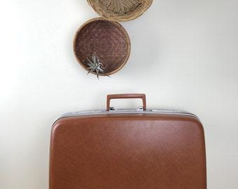 Vintage Samsonite Brown Hard Shell Suitcase with Keys