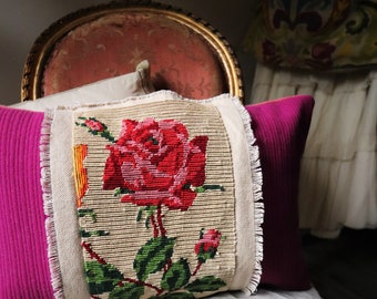 VTG pillow / / pink canvas / / vintage embroidery pillow / / old tapestry / / handmade / / second life