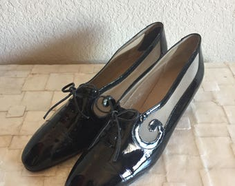 Women's Size 9 - Vintage 70s Black Patent Leather Sheer Mesh Oxford Kitten Heels  ~ Perry Ellis