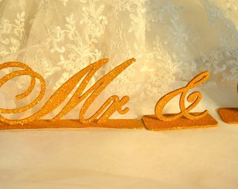 Gold  Mr and Mrs Standing Wedding Sign Mr and Mrs Letters Wedding Sweetheart Table Signs Mr & Mrs Sign Set Signs for Wedding Table Decor