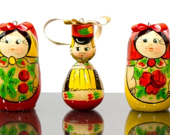 "Christmas Ornaments - Set of 7 - ""Semenovo Folk Pattern"" - Wooden Handmade Ornaments from Russia"