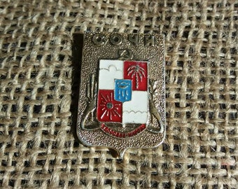 Collectible pin  Soviet badge Sochi  Health to the people Vintage Soviet