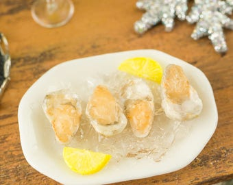 Raw Oysters on the Half Shell Appetizer - 1:12 Dollhouse Miniature